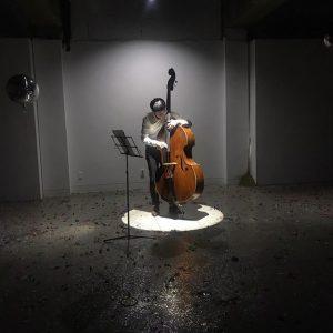 독무대, 2018, 더블베이스 공연, 16min